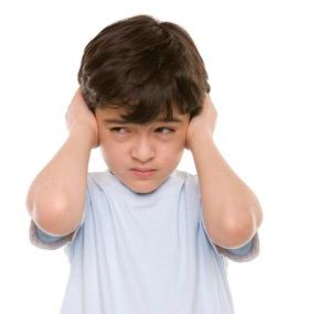 Продуло ухо: симптоми, что делать, как и чем лечить