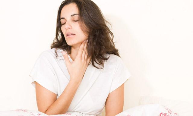 Жжение в горле: причини, симптоми, лечение