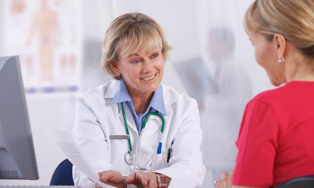 Фурункул в ухе: лечение и симптоми, причини